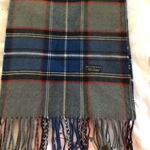 Authentic 100% cashmere Burberry scarf